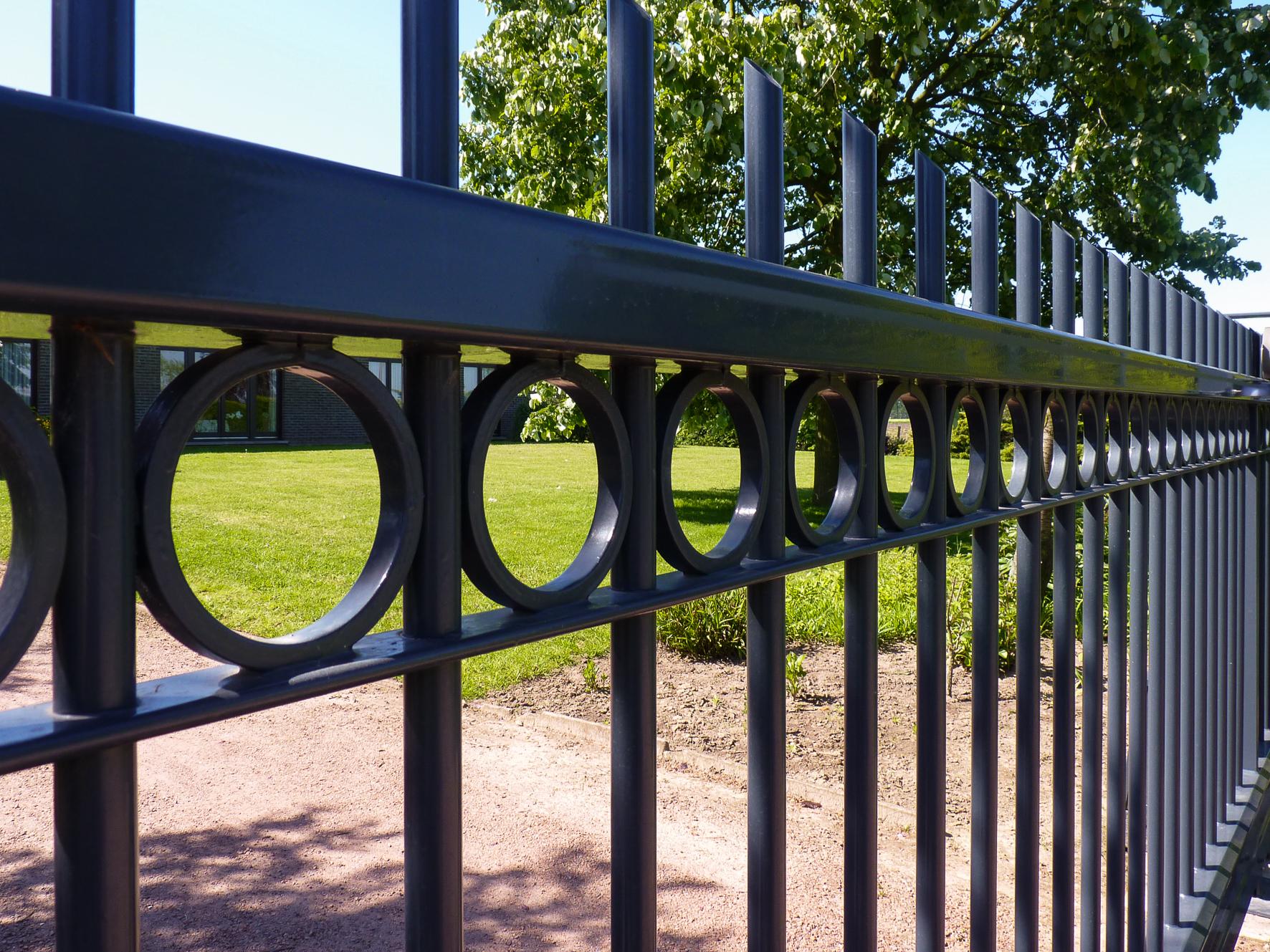 Jumila fences