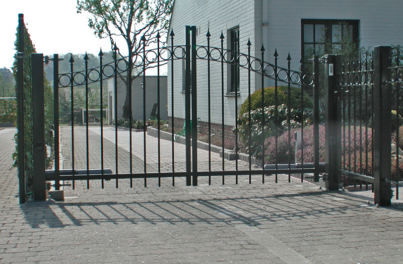 Baron swing gate - Kopal